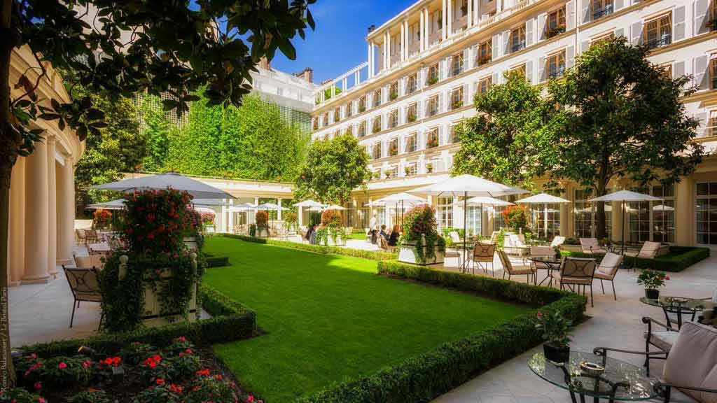 le bristol Luxury 5 Star Hotel in Paris France