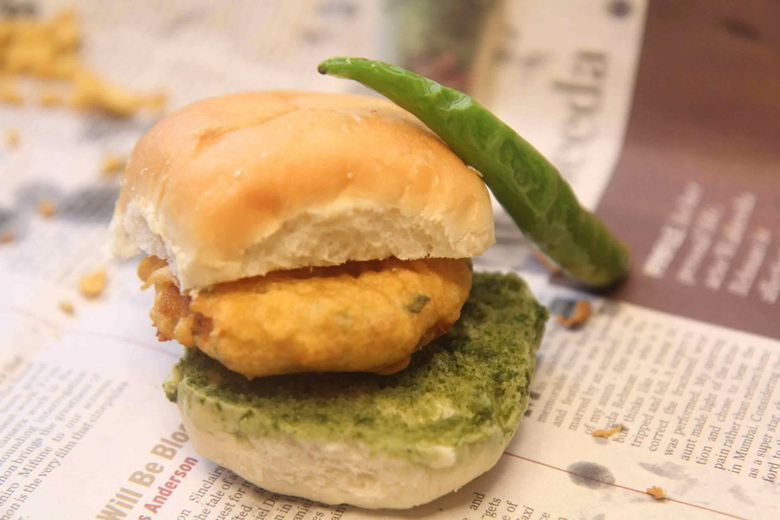 vada Pav Recipe | How to make Mumbai Vada Pav Recipe ...