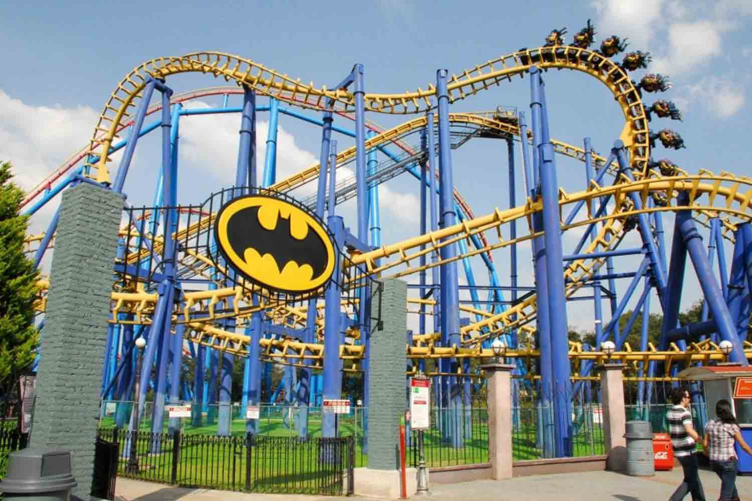 theme parks Hang on to your hat massachusetts theme parks are perfect for a day out with the  family, whether you want a high-speed ride or a low-speed family farm.