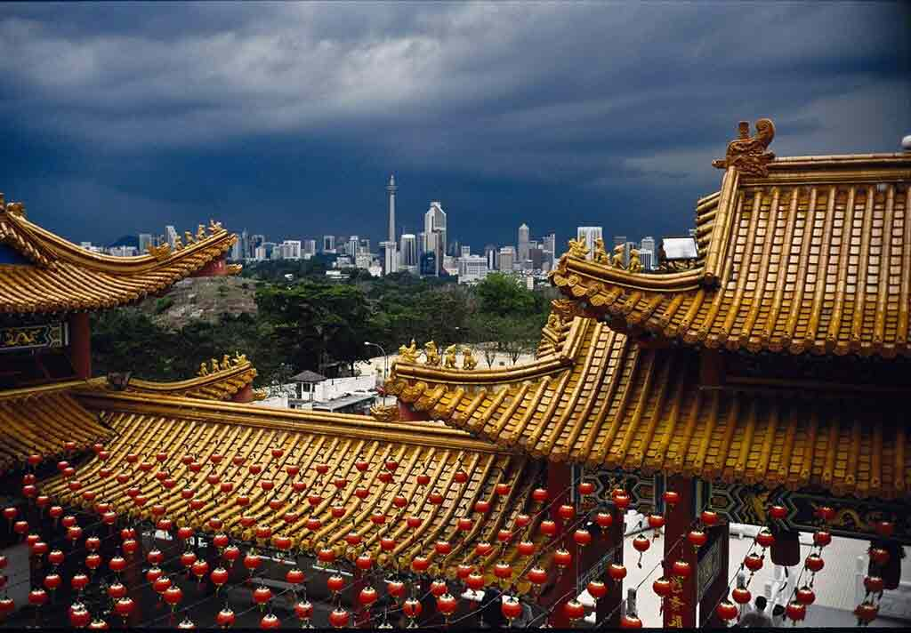 the two special places in kuala This overview of the best places to visit in malaysia concentrates on its cultural, historic and natural attractions for an insight in malaysia's most popular islands & beaches see this island list .