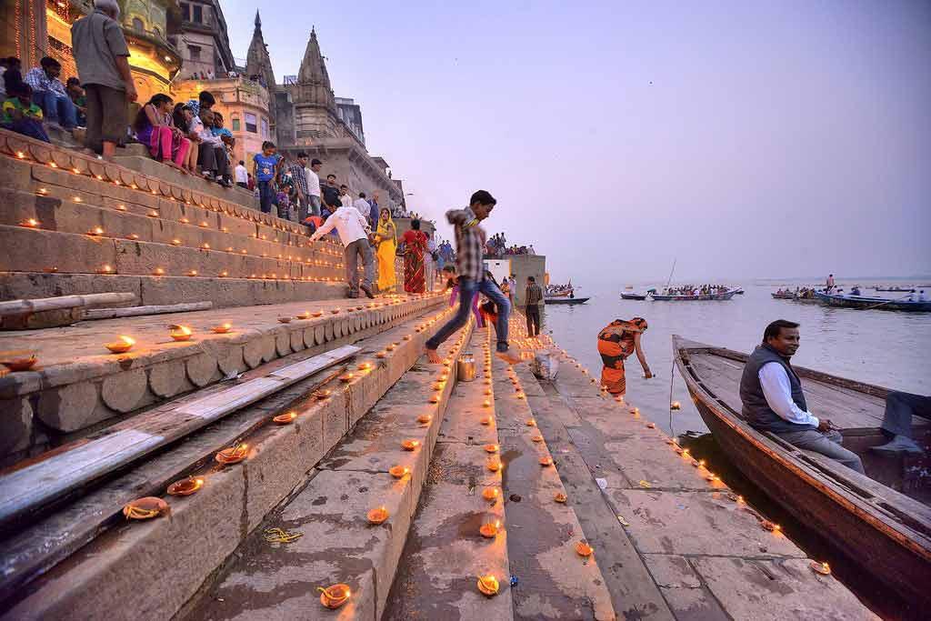varanasi during diwali